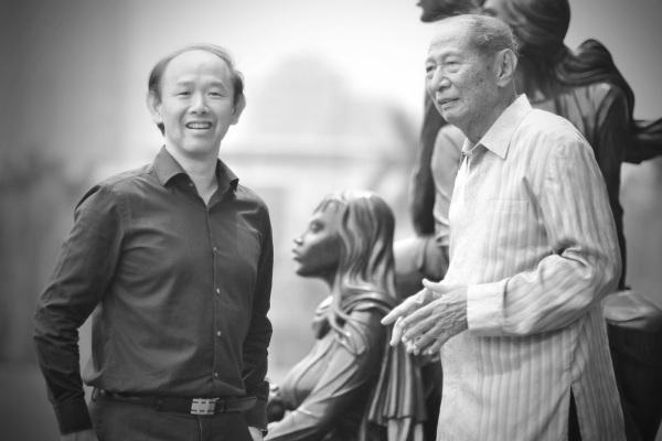 Iwan Sunito (kiri) ketika bertemu Ciputra. - Crown Group