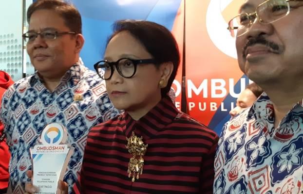 Menteri Luar Negeri Retno LP Marsudi usai menghadiri penghargaam Ombudsman RI di Jakarta, Rabu (27/11/2019). - Bisnis/Rayful Mudassir