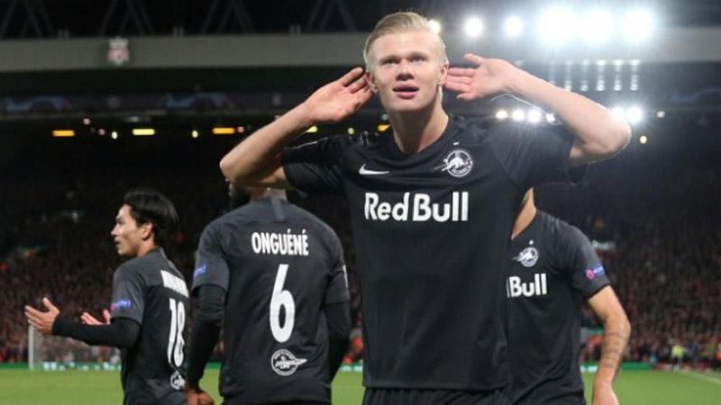 Penyerang Red Bull Salzburg Erling Haaland - Reuters/Jason Cairnduff