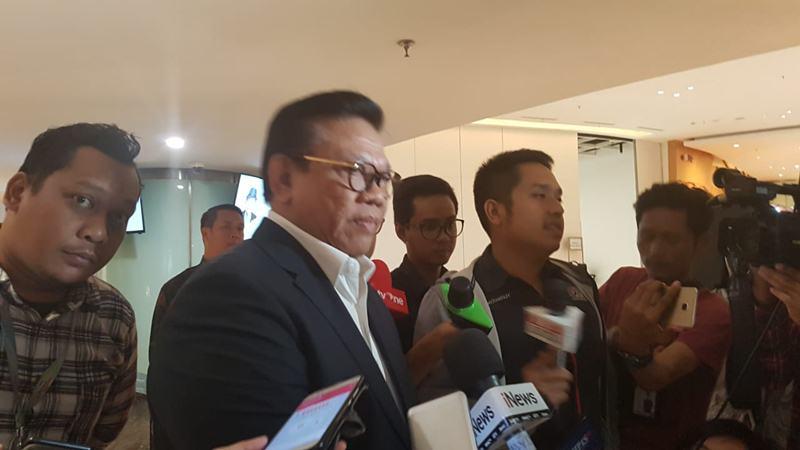 etua Dewan Pakar Golkar Agung Laksono menghadiri lokasi persemayaman Ciputra di Ciputra Artpreneur, Jakarta, Kamis (28/11/2019). JIBI/Bisnis - Denis Riantiza M