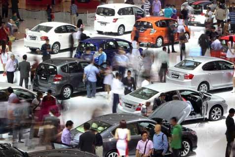 Ilustrasi pameran otomotif - Bisnis