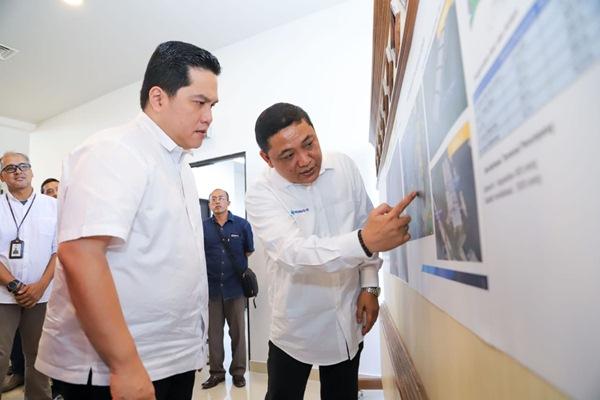 Menteri BUMN Erick Thohir dan Direktur Utama Pelindo III, Doso Agung - Istimewa