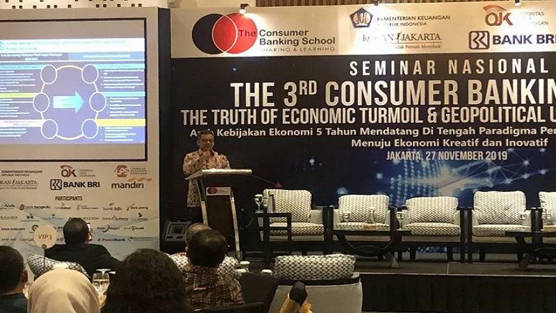Wakil Menteri Keuangan Suahasil Nazara dalam acara the 3rd Consumer Banking Forum di Hotel Le Meridien, Jakarta, Rabu (27/11/2019). - Antara