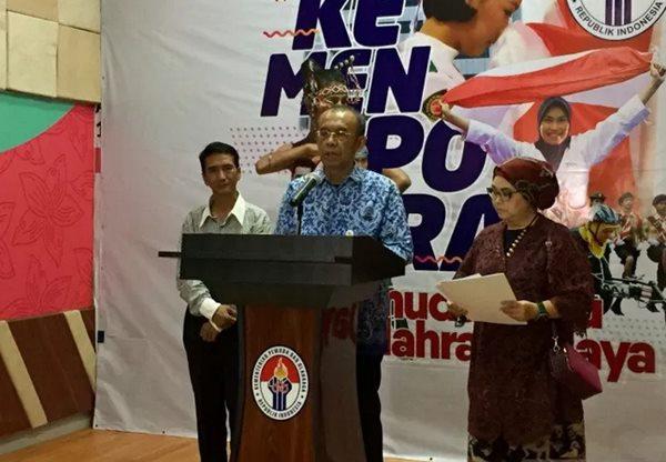 Ketua Umum Pengurus Besar Persatuan Senam Indonesia (PB Persani) Ita Yuliati Irawan (kanan) - Antara