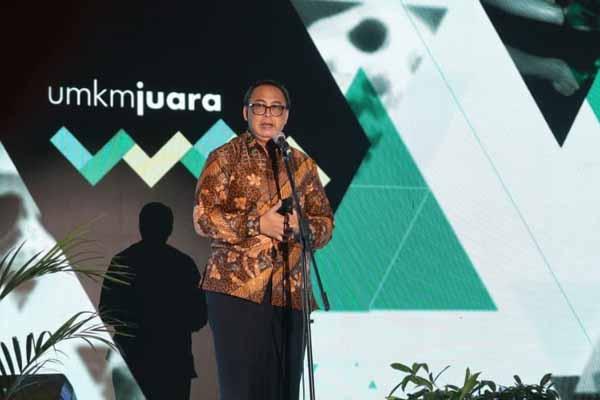 Sekretaris Kementerian Koperasi dan UKM Rully Indrawan memberikan sambutan pada acara Pameran dan Wisuda UMKM Juara 2019, Bandung, Jumat (29 - 11).