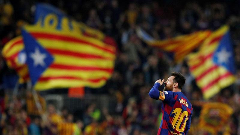 Pemain bintang FC Barcelona Lionel Messi - Reuters/Albert Gea