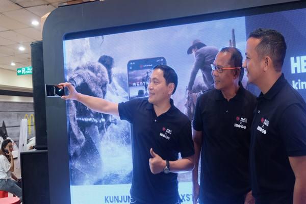 Telkomsel Gelar MAXstream HBO GO Roadshow di Samarinda. JIBI/Bisnis -  Sophia Andayani