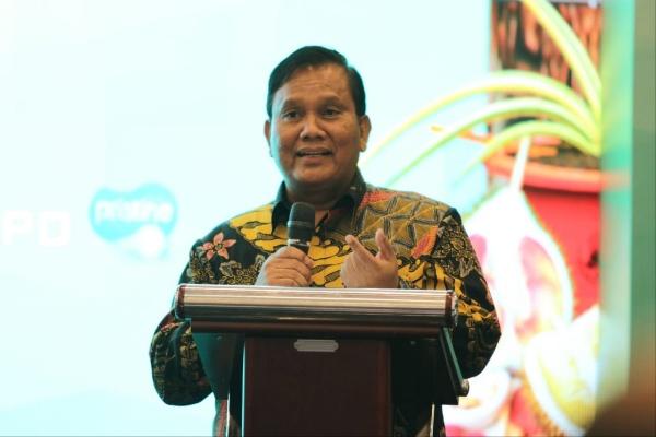 Menko Kemaritiman dan Investasi): Asisten Deputi Sumber Daya Hayati, Suparman Sirait