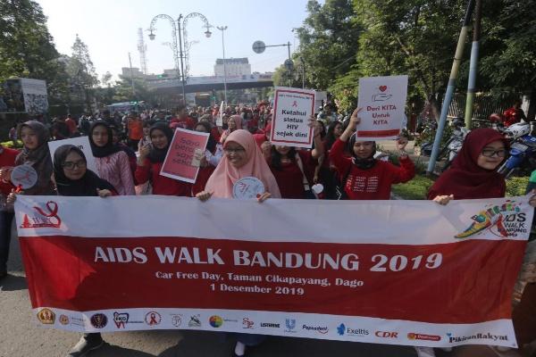 Hari Aids Sedunia di Kota Bandung - Bisnis/Dea Andriyawan