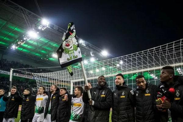 Borussia Monchengladbach merayakan kemenangan atas Freiburg. - Twitter@Borussia_en