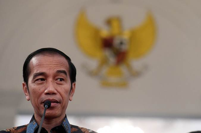 Presiden Joko Widodo menyampaikan keterangan terkait kerusuhan pascapengumunan hasil pemilu 2019 di Istana Merdeka, Jakarta, Rabu (22/5/2019). - ANTARA/Akbar Nugroho Gumay