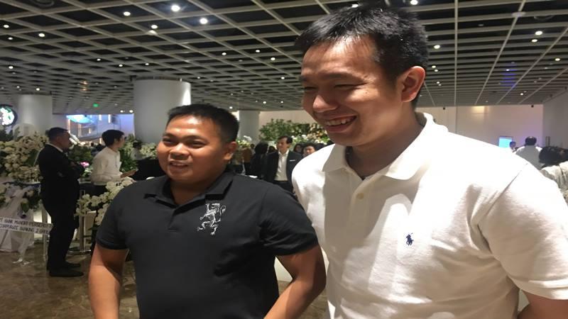 Pebulu tangkis Markis Kido dan Hendra Setiawan melayat almarhum Ciputra di Ciputra Artpreneur, Jakarta Selatan, Senin (2/12/2019). JIBI/Bisnis - Akbar Evandio