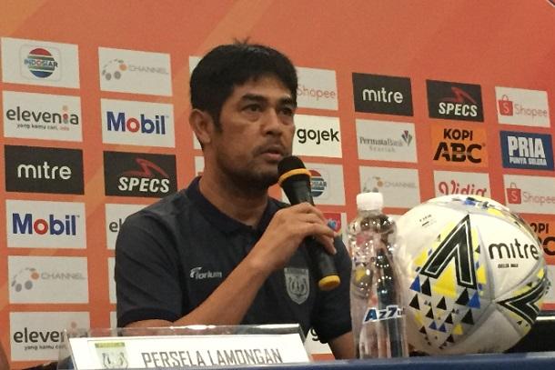 Pelatih Persela Lamongan Nil Maizar - Bisnis/Dea Andriyawan