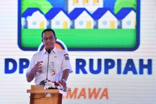 "Gubernur DKI Jakarta Anies Baswedan memberikan sambutan saat peluncuran program ""Rumah DP 0 Rupiah"" di Pondok Kelapa, Jakarta, Jumat (12/10/2018). - ANTARA FOTO/Rivan Awal Lingga"