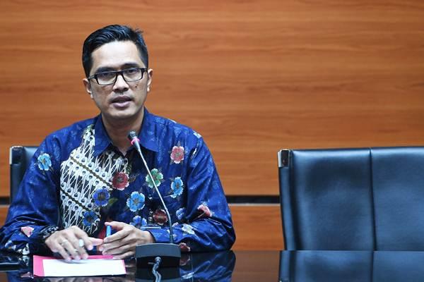 Juru Bicara KPK Febri Diansyah : 6 Menteri dan 4 Wamen Belum Serahkan LHKPN, KPK Menunggu - ANTARA/Sigid Kurniawan