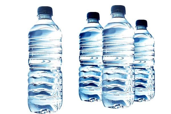 Ilustrasi botol hasil daur ulang - phys.org