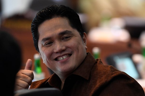 Menteri BUMN Erick Thohir mengikuti Sidang Kabinet Paripurna di Kantor Presiden, Jakarta, Kamis (14/11/2019). Sidang kabinet tersebut membahas Rencana Pembangunan Jangka Menengah Nasional (RPJMN) 2020-2024. - ANTARA FOTO/Puspa Perwitasari