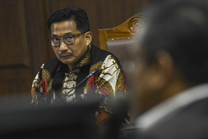 Terdakwa kasus dugaan suap dan gratifikasi Bowo Sidik Pangarso saat mengikuti sidang lanjutan di Pengadilan Tipikor, Jakarta, Rabu (16/10/2019). - ANTARA/Muhammad Adimaja