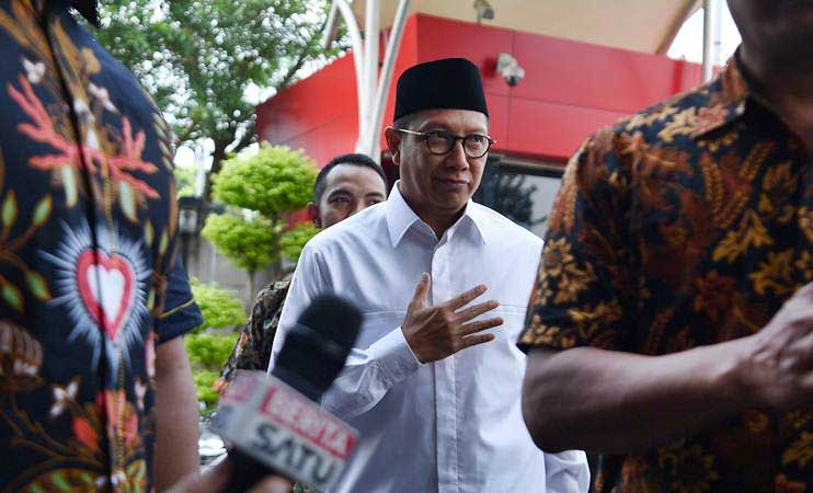 Lukman Hakim Saifuddin saat menjabat Menteri Agama, tiba untuk menjalani pemeriksaan di kantor KPK, Jakarta, Rabu (8/5/2019). - ANTARA/Sigid Kurniawan