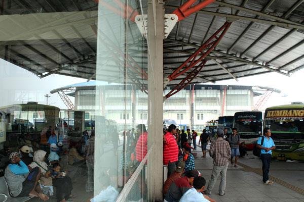 Terminal Pulo Gebang, Jakarta Timur. - Antara