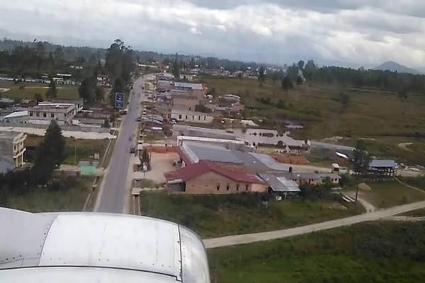 Bandara Silangit di Siborong-borong Tapanuli Utara - Youtube