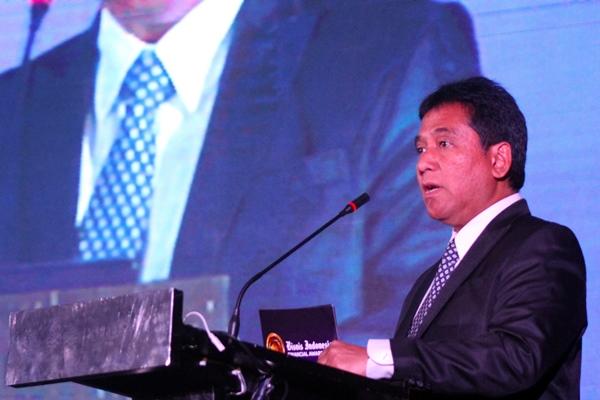 Komisaris PT Jurnalindo Akasara Grafika penerbit Harian Bisnis Indonesia Hariyadi Sukamdani memberikan sambutan saat acara Malam Apresiasi Bisnis Indonesia Financial Award (BIFA) 2019 di Jakarta, Jumat (20/9)./JIBI - Bisnis/Arief Hermawan P
