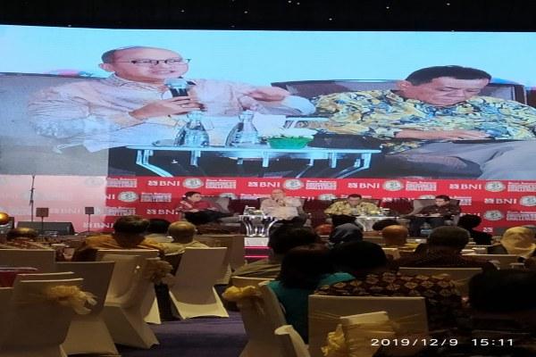 Ketua Umum Kamar Dagang dan Industri Indonesia Rosan Roeslani Perkasa saat memberikan paparan dalam acara BNI - Bisnis Indonesia Business Challenges 2020 di Jakarta, Senin (9/12/2019). Bisnis - Fahmi Achmad