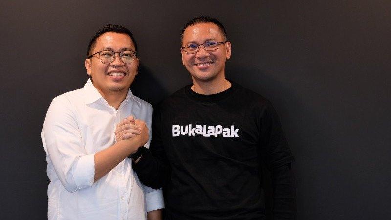 CEO Bukalapak berpindah dari Achmad Zaky (kiri) kepada Rachmat Kaimuddin (kanan). - Dokumentasi Bukalapak