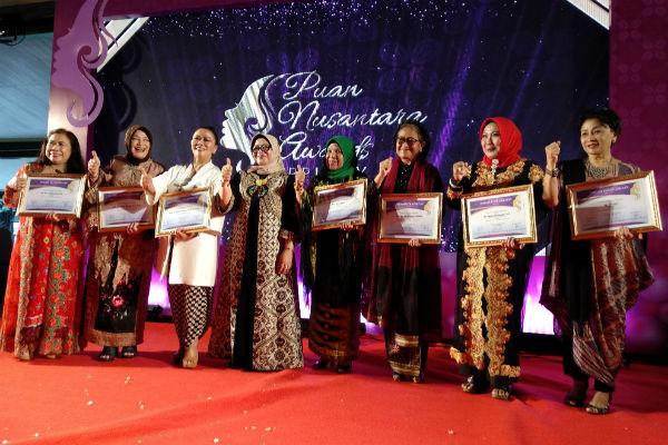 Para penerima penghargaan FPPI 2019 di di Pendopo Hotel Royal Ambarukmo Jogja, Minggu (8/12/2019).  - Ist/Dok Panitia