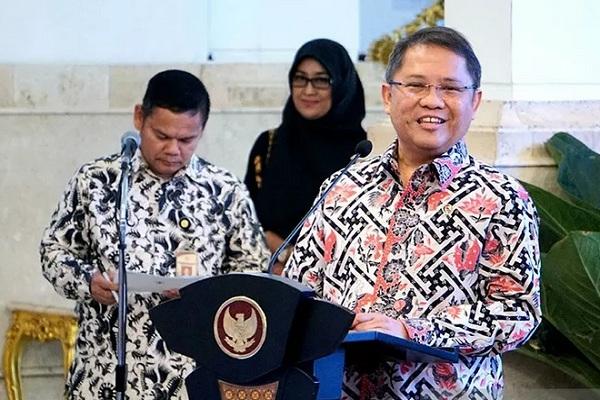 Menteri Komunikasi dan Informatika, Rudiantara, memberi sambutan saat acara peresmian Palapa Ring di Istana Negara, Jakarta pada Senin (14/10/2019). - Antara