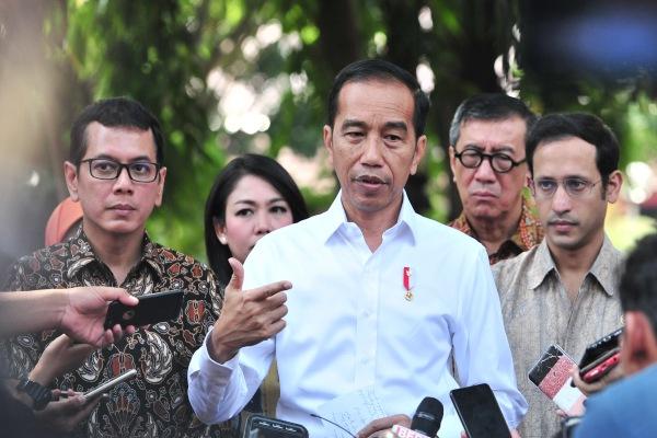 Presiden Joko Widodo saat memberikan keterangan kepada wartawan. - Setkab