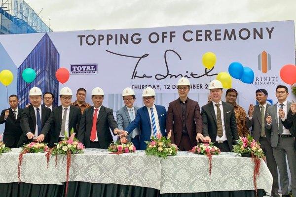 Suasana peresmian penutupan atap proyek apartemen The Smith di Alam Sutera, Tangerang, Kamis (12/12/2019). - Bisnis