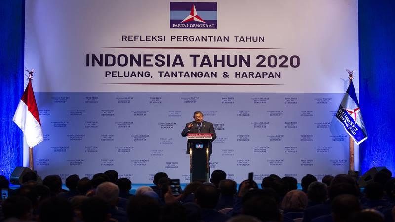 Ketua Umum Partai Demokrat Susilo Bambang Yudhoyono (SBY) menyampaikan pidato pada Refleksi Pergantian Tahun Partai Demokrat di Jakarta Convention Center (JCC), Senayan, Jakarta, Rabu (11/12/2019). - Antara