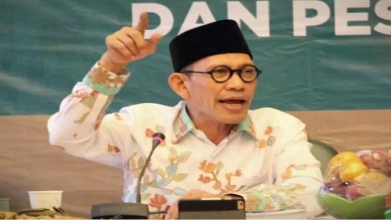 Ketua Pengurus Besar Nahdlatul Ulama (PBNU) H Robikin Emhas. - www. nu.or.id