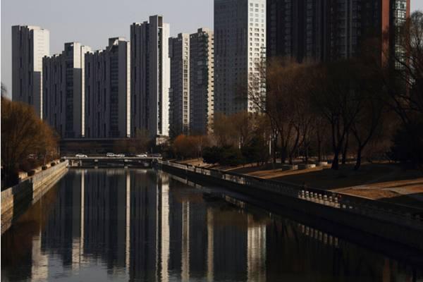Properti China. - .Bloomberg