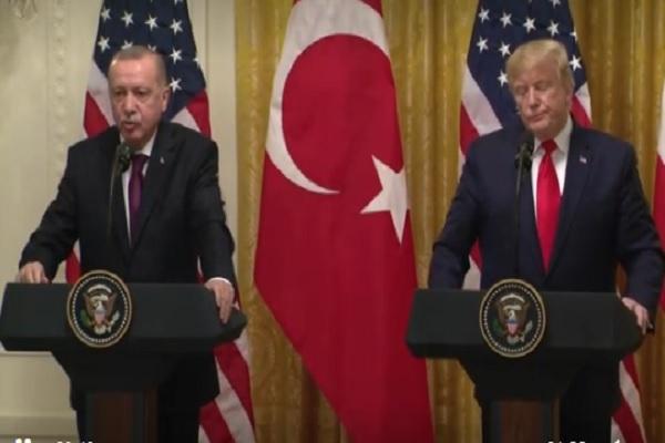 Presiden  Amerika Serikat (AS)  Donald Trump memuji hubungannya dengan Presiden Turki Recep Tayyip Erdogan ketika kedua pemimpin bertemu untuk mengatasi berbagai perbedaan mulai dari kebijakan atas Suriah hingga pembelian sistem pertahanan rudal Rusia oleh Ankara. - Reuters