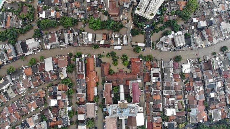 Situasi banjir di Bendungan Hilir Jakarta Pusat Rabu (1/1/2020). - Bisnis/Abdullah Azzam