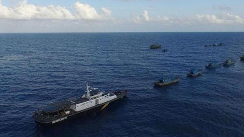 Sejumlah kapal asing di perairan Natuna, Kepulauan Riau - Antara
