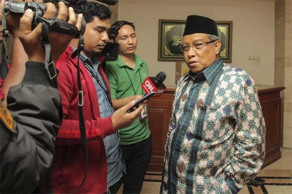 Ketua Umum Pengurus Besar Nahdlatul Ulama (PBNU) Said Aqil Siroj (kanan). - Antara