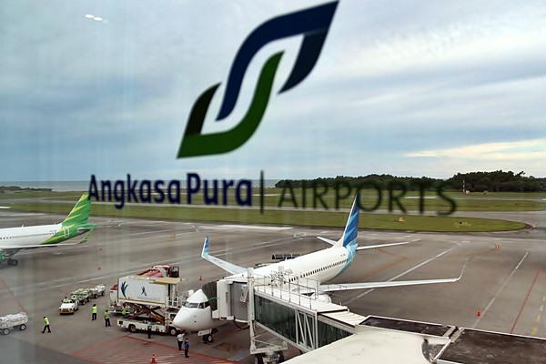 Pesawat berada di apron Bandara Sepinggan, Balikpapan, baru baru ini. - JIBI/Paulus Tandi Bone