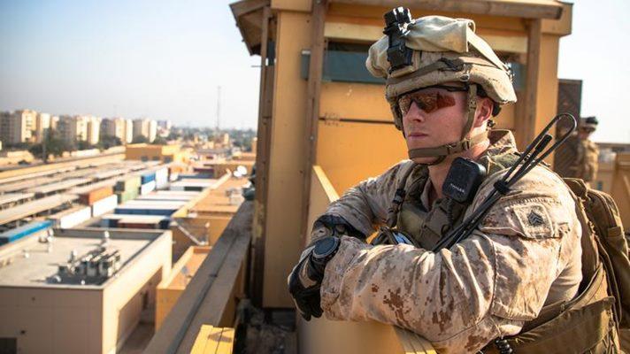 Marinir AS dengan Batalion ke-2, Marinir ke-7 menjaga keamanan di kompleks kedutaan AS di Baghdad, Irak, 3 Januari 2020. - Sersan Marinir AS Kyle C. Talbot / via REUTERS