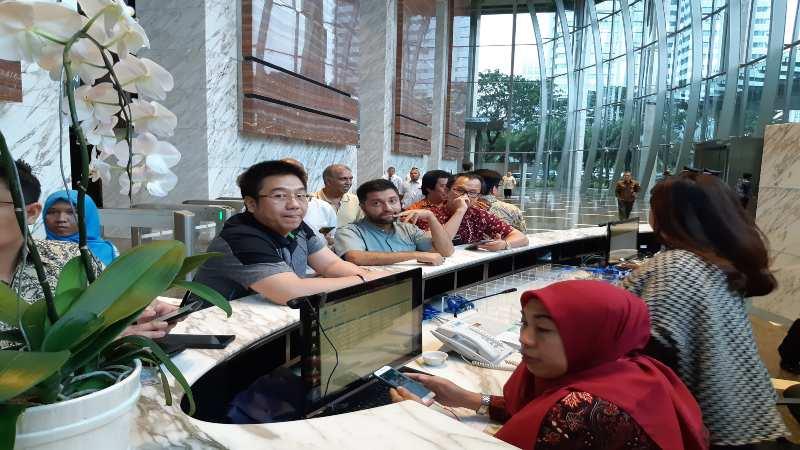 Sejumlah pemegang polis Jiwasraya mengunjungi Kantor OJK di Wisma Mulia, Jakarta pada Selasa (17/12/2019). Mereka menuntut adanya mediasi dan langakh nyata dari OJK untuk penyelesaian gagal bayar klaim polis JS Plan. - Bisnis/istimewa