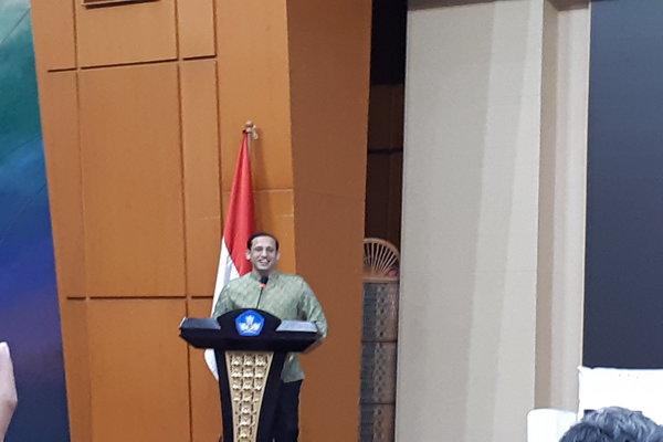 Nadiem Anwar Makarim saat berbicara di Gedung Kemendikbud, Senayan, Jakarta Pusat, Kamis (9/1/2020) - Bisnis.com/Ria Theresia Situmorang