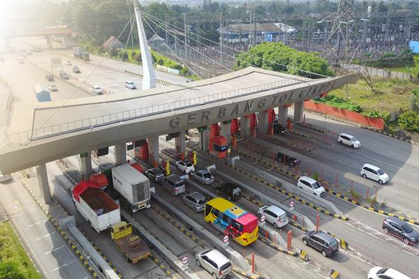 Antrian di gerbang Tol Tangerang-Merak - Istimewa