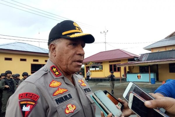 Kapolda Papua Irjen Polisi Paulus Waterpauw. - Antara/Evarianus Supar