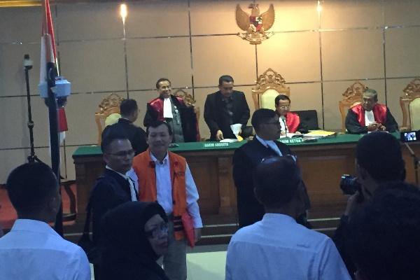 Sidang perdana Iwa Karniwa dalam kasus suap Meikarta - Bisnis/Wisnu Wage