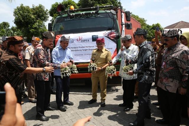Pelepasan ekspor perdana Tahun 2020 hasil olahan ikan sidat (Anguiliformes) dari Banyuwangi, Jawa timur, Senin (13/1/2020). - Istimewa