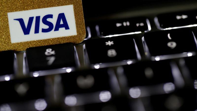 Kartu kredit Visa. - Reuters