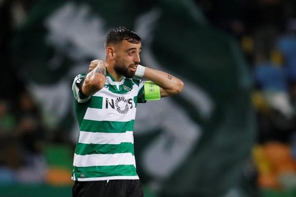 Gelandang Sporting Lisbon Bruno Fernandes - REUTERS/Pedro Nunes