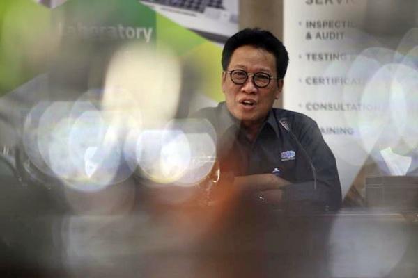 Direktur Utama PT Sucofindo Bachder Djohan Buddin memberikan penjelasan saat corporate visit Bisnis Indonesia ke PT Sucofindo di Jakarta, Selasa (21/3). - JIBI/Nurul Hidayat